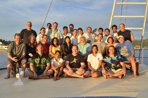 raja ampat dive trip group photo